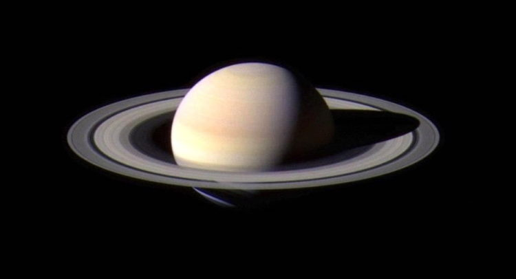 The planet Saturn with its rings